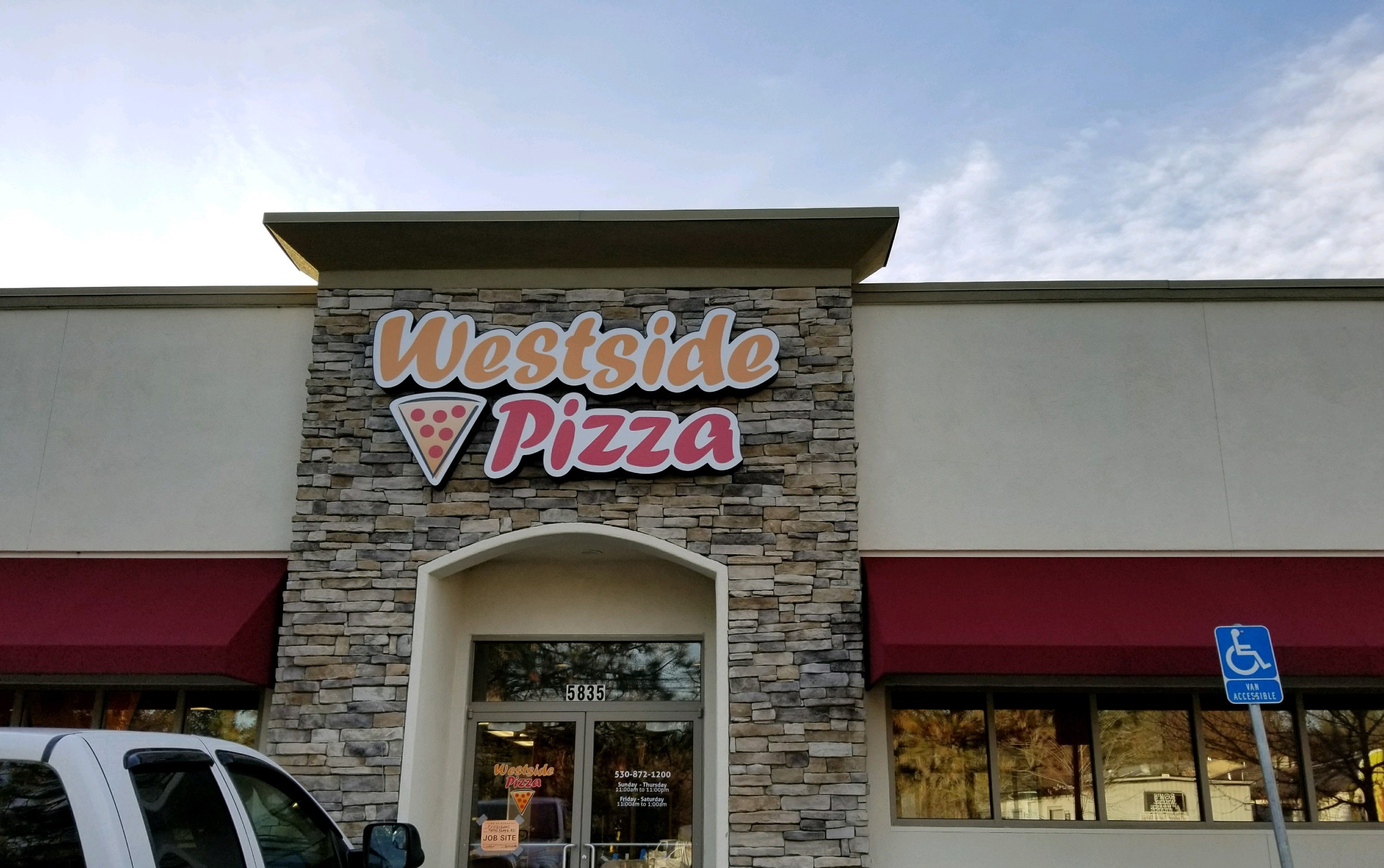 Paradise Westside Pizza Store front from the street